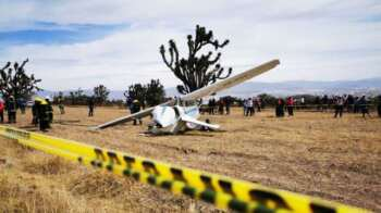 desplome-de-avion-pequeno-en-pachuca-350x196.jpg