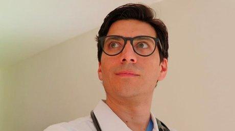 doctor mauricio.jpg