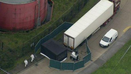 encuentran camion con 39 cadaveres.jpg