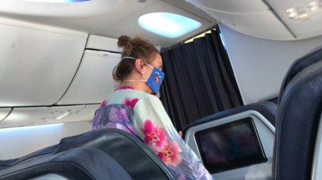 esposa amlo avión.jpg