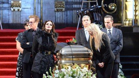 famosos homenaje josé josé.jpg