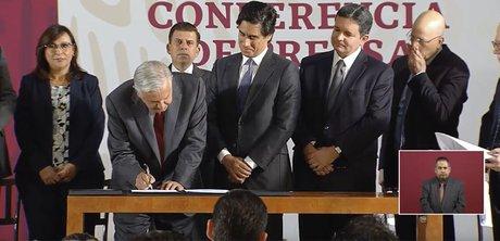 firma-contrato.jpg
