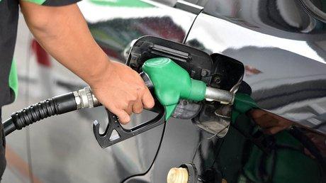 gasolinera con agua alv.jpg
