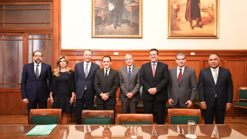 gobernadores hacienda.jpg