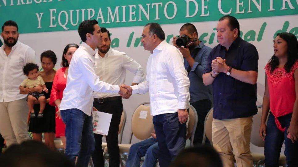 hector acapulco.jpg