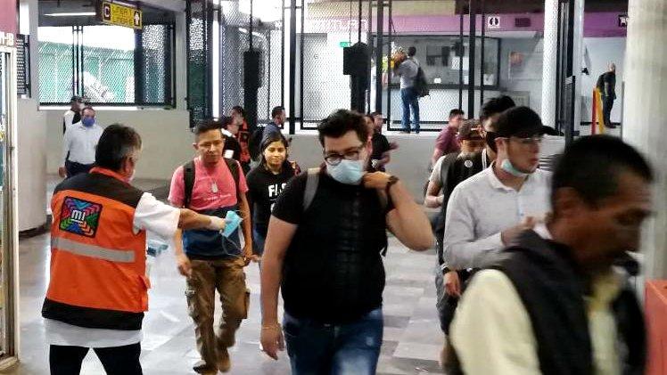 metro cubrebocas.jpg