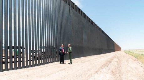 muro eu mexico.jpg