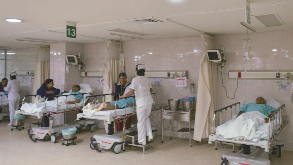 paciente covid escapa del IMSS.jpg