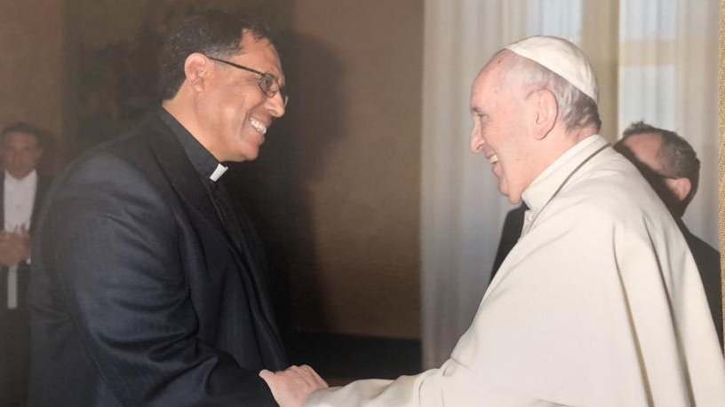 papa francisco y mexicano.jpg
