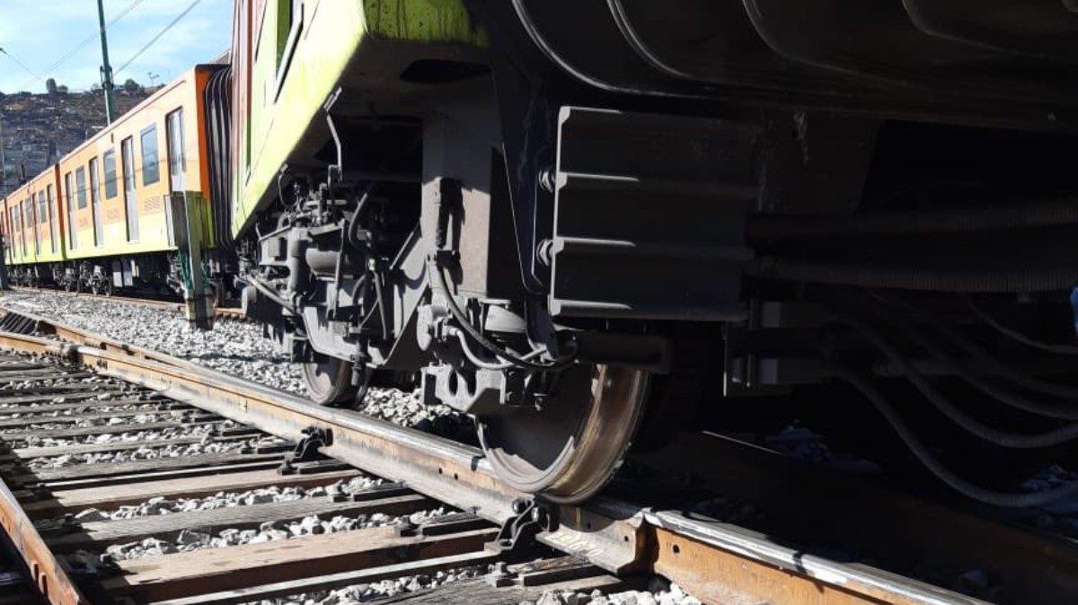 se descarrila metro Línea A.jpg