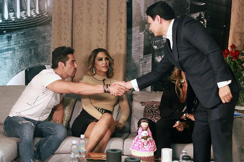 Ninel Conde, Charly López y Giovanni Medina en Saga Live. Fotografía: Gustavo Azem.