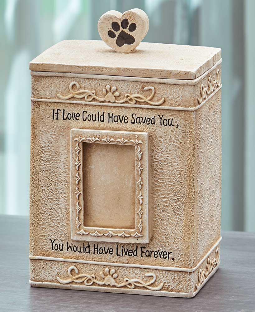 Pet Memorial Urns-69830_1250099_MUH_CRM_zm.jpg