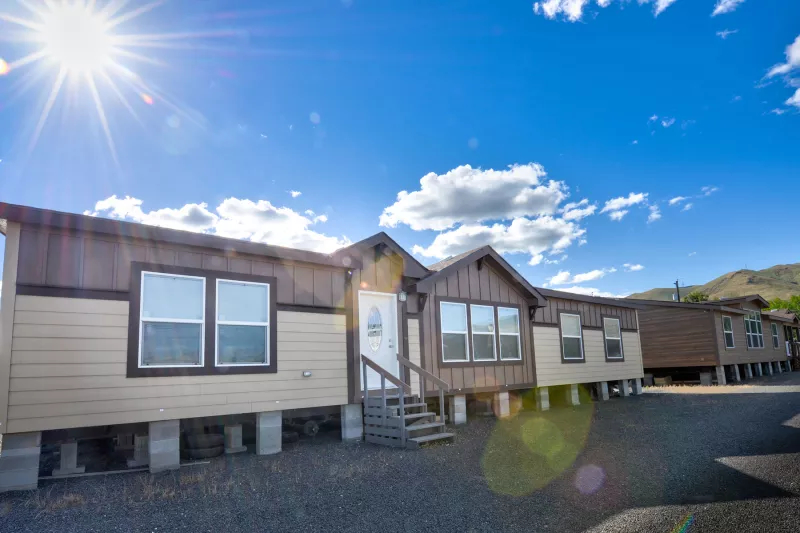 Image of the Champion Homes 4623M Manufactured Home in the Mountain West Series