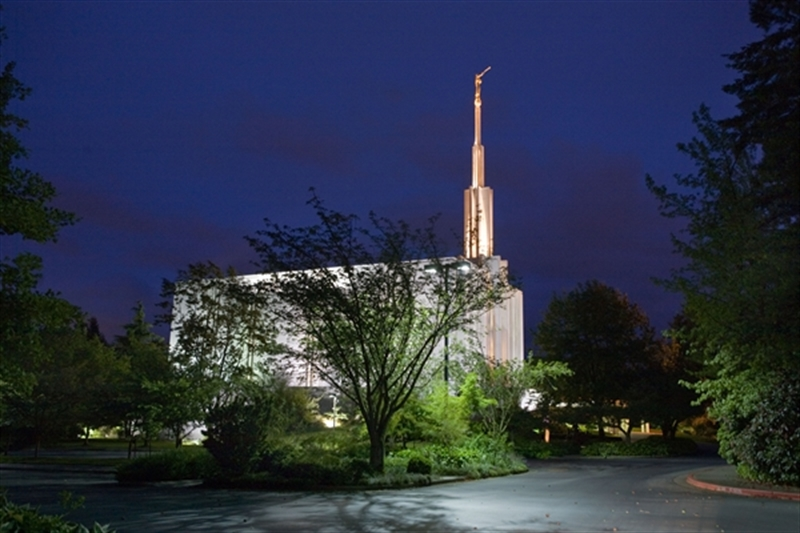 Seattle Temple - Night