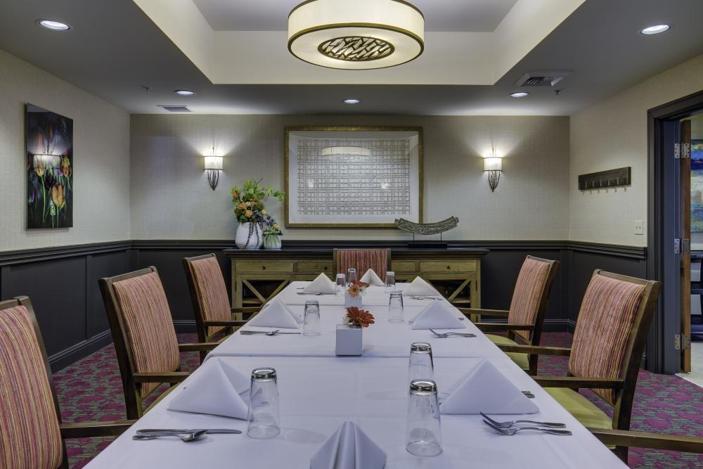 Private Dining Room - Fairwinds - Brittany Park Retirement Community