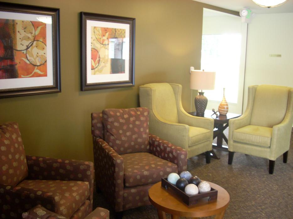 Community Living Room - Hawthorne Court Retirement Community