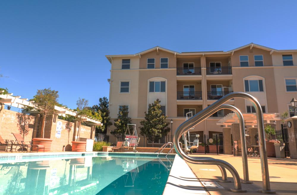 Swimming Pool - Heritage Estates Senior Apartments