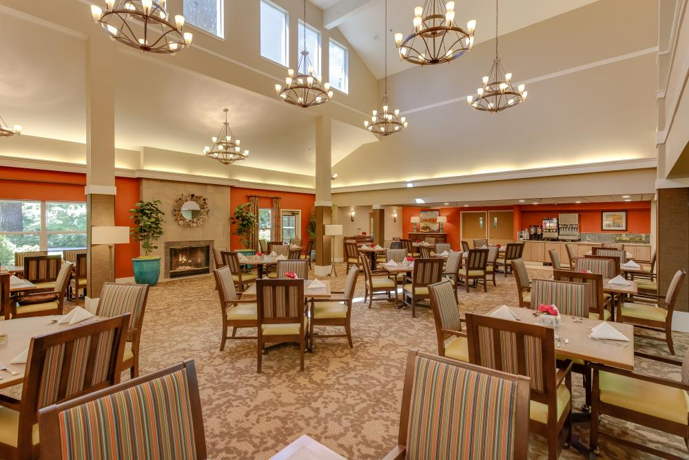 Dining Room - Markham House Senior Living