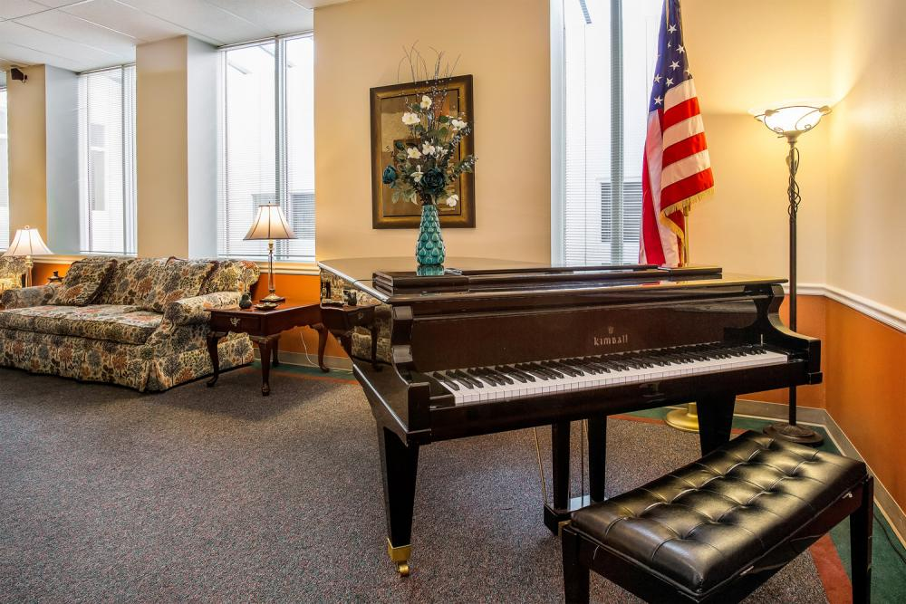 Music Room - Washington Oakes Retirement Community