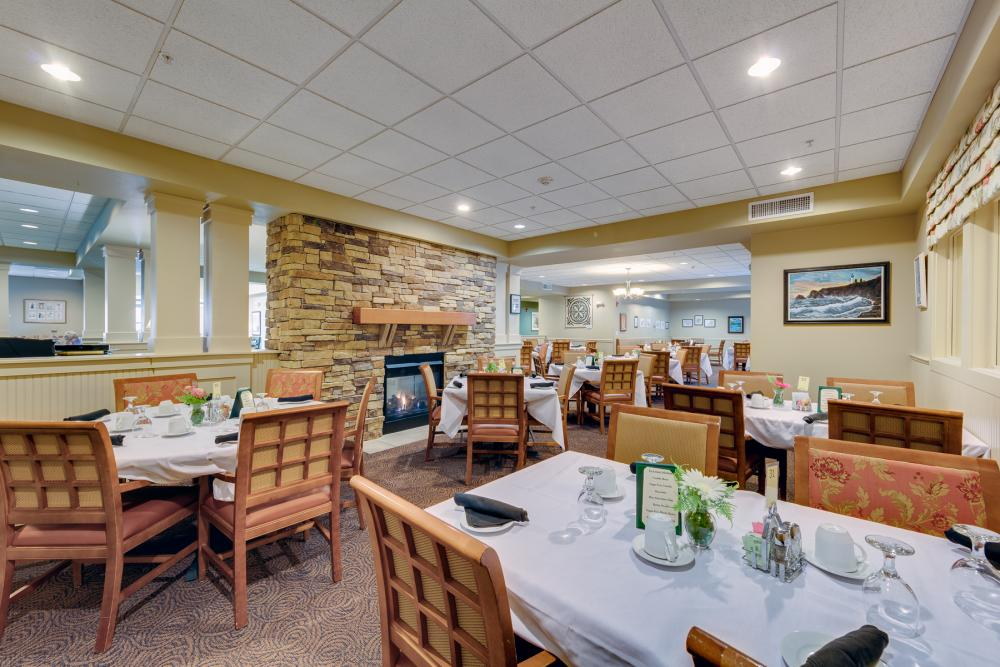 Dining - Woodland Terrace
