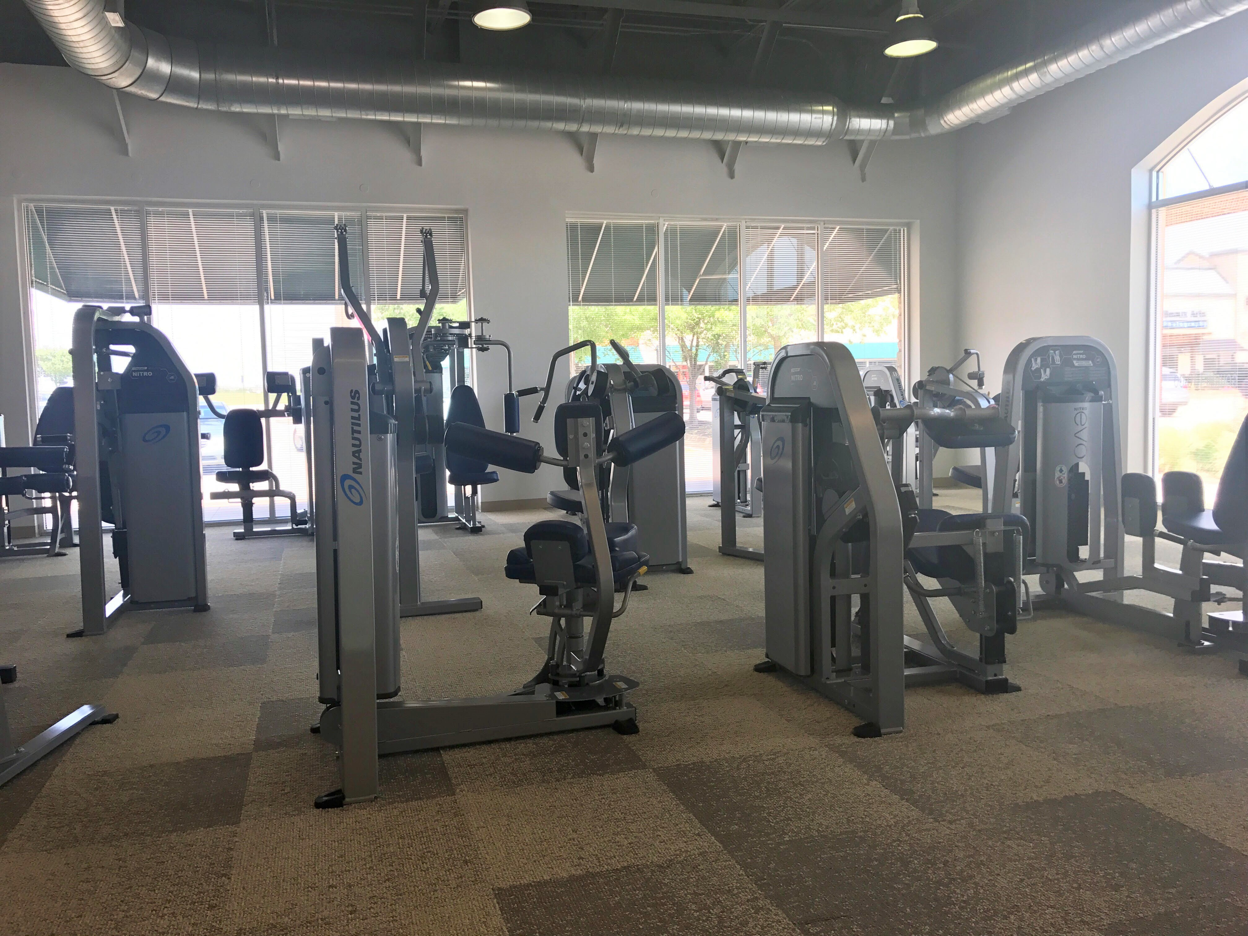 Workout area at Utopia Food & Fitness