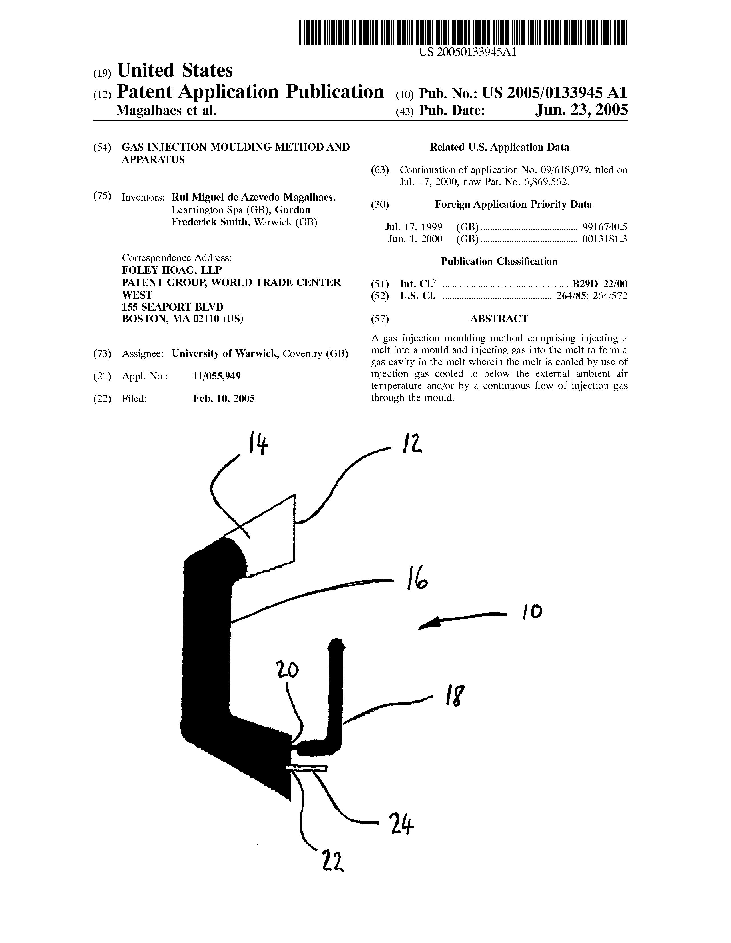 GB 2389069 A - Gas Injection Moulding Method And Apparatus