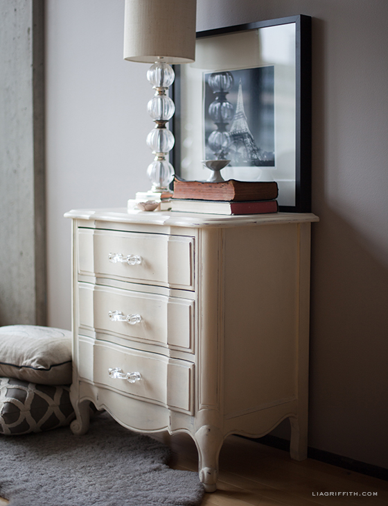 Hand painted furniture using annie sloan chalk paint lia - Hand painted furniture ideas ...