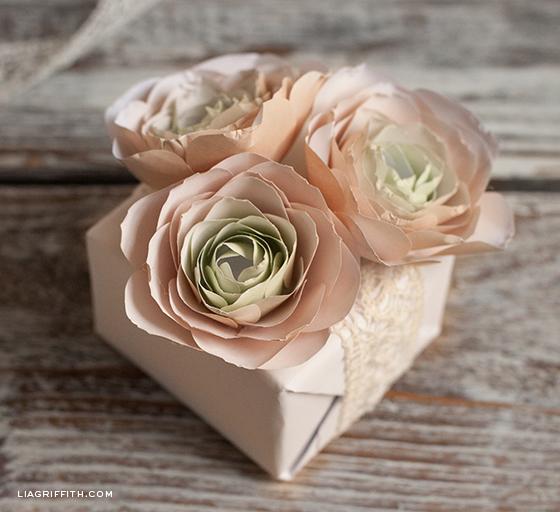 Paper Flower Rununculus