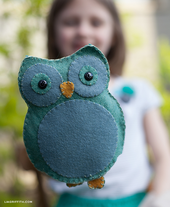 DIY Woodland Animal Felt Puppets