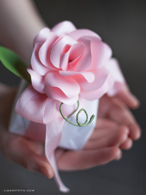 Diy long stemmed paper rose mightylinksfo