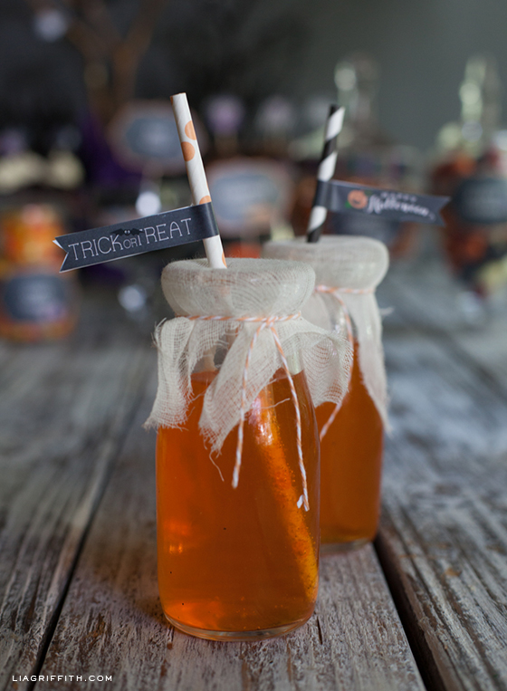 Chalkboard Halloween Straw Flags