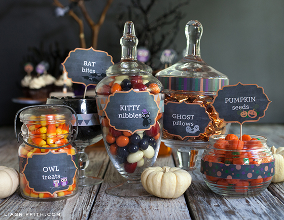 HelmigHaus: Free Halloween Party Table Labels |Halloween Party Food Labels