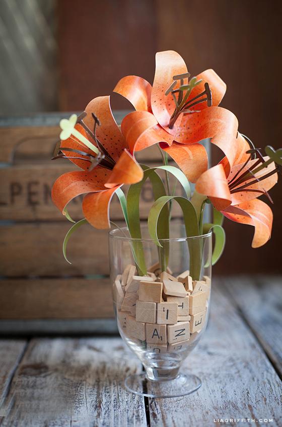 Aquarelle Paper Tiger Lily