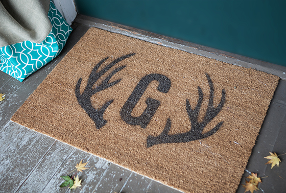 Monogram Door Mat DIY
