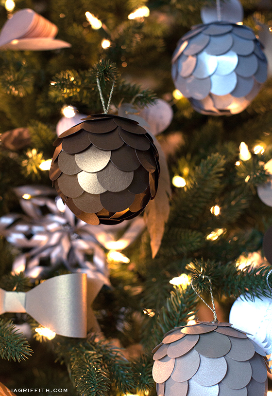 Pretty Paper Christmas Ornaments