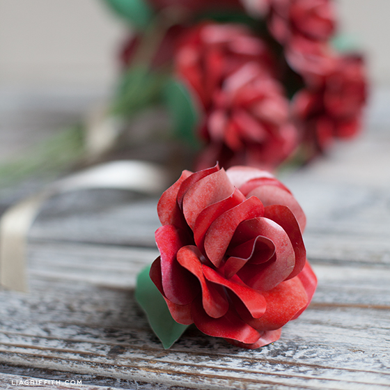 Red Paper Rose Tutorial