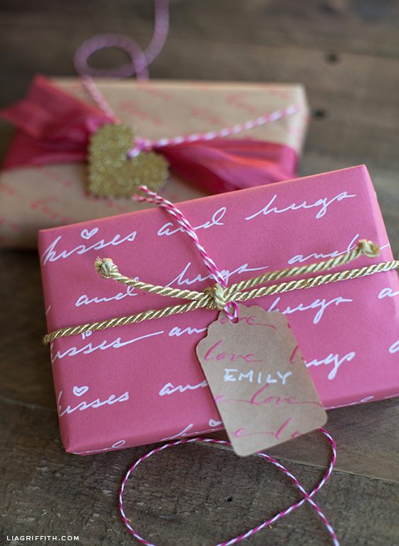 Hugs Kisses Gift Wrap
