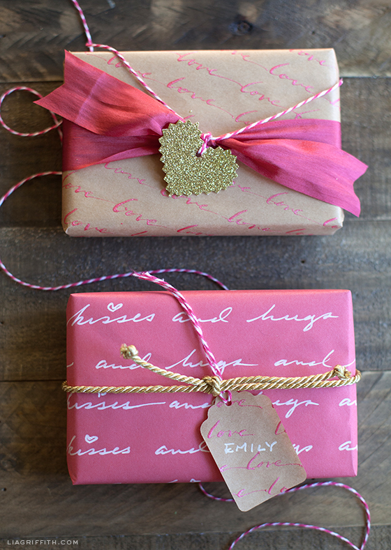 Make Your Own Gifts Diy personalized love letter gift wrap sisterspd