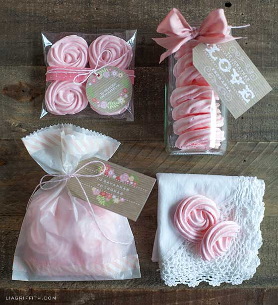 Valentine Meringues and Packaging Ideas for Valentine's Day