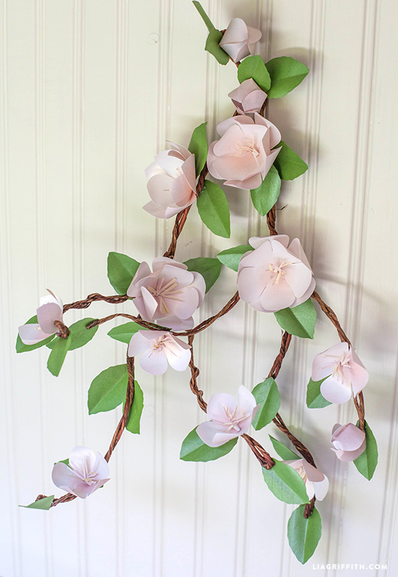 DIY_Apple_Blossoms_Paper