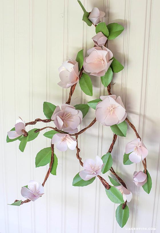 DIY_Apple_Blossoms_Paper