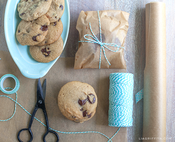 Gift_Wrap_Gluten_Free_Chocolate_Chip_Cookies