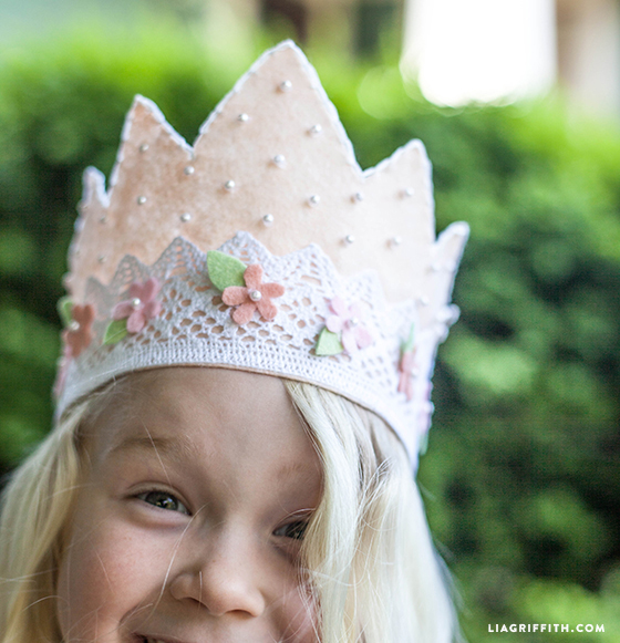 DIY Felt Princess Crown