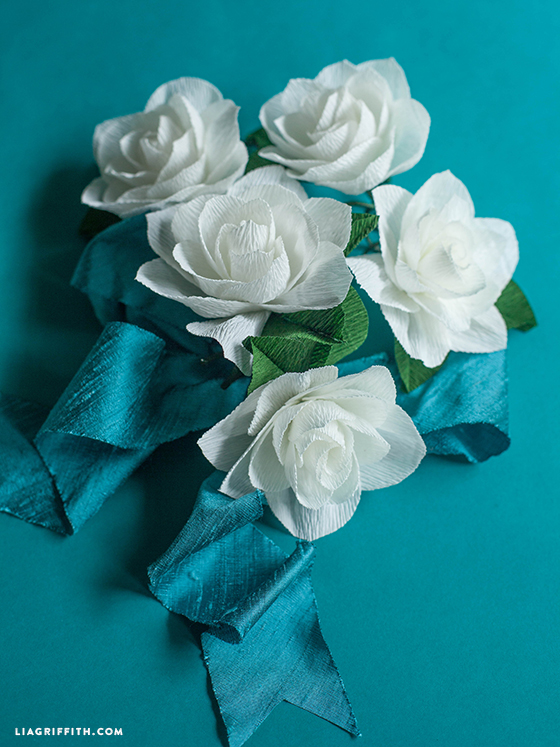 Crepe_Paper_Gardenia_Bouquet