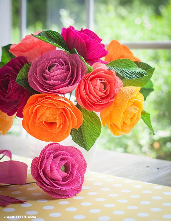 Crepe_Paper_Ranunculus_Bouquet