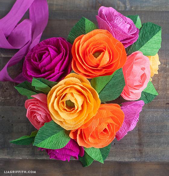 Paper_Crepe_Ranunculus_DIY