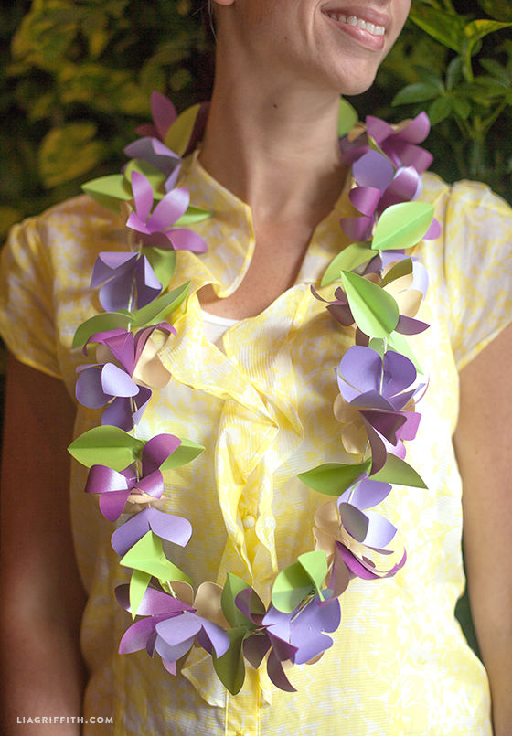 DIY_Paper_Flower_Lei