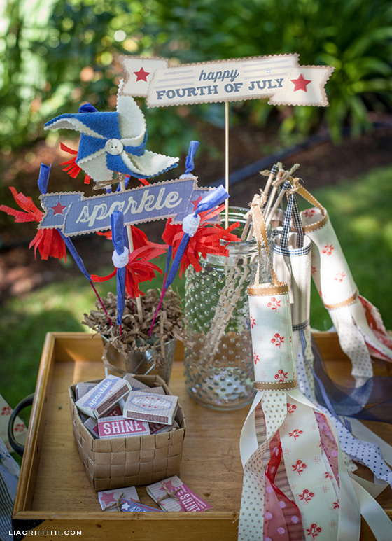 FourthofJulyPinwheelWindsocks