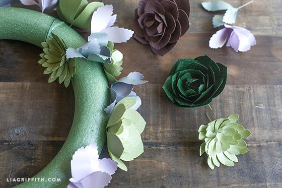 Paper_Succulent_Wreath_Steps