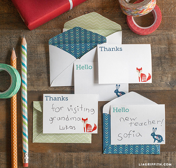 graphic relating to Free Printable Note Cards titled Absolutely free printable stationery - mini notice playing cards and envelopes